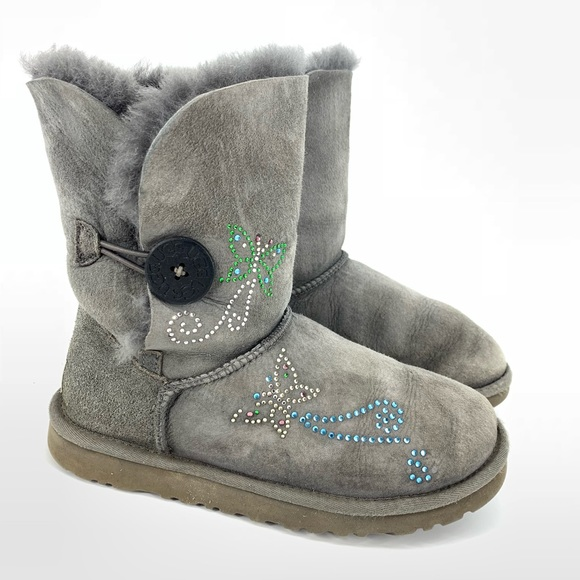 93d2e80589a UGG 5803 Gray Bailey Button Butterfly Rhinestone
